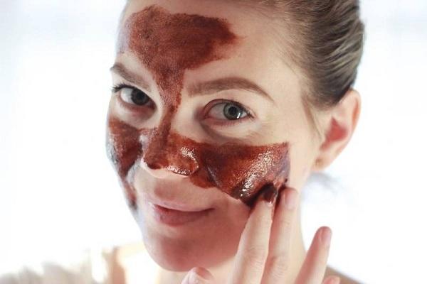 Маска из шоколада для обезвоженной дермы
