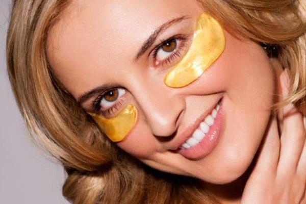 Медовая маска для кожи вокруг глаз
