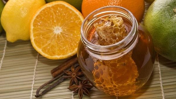 Продукты для приготовления медовых масок