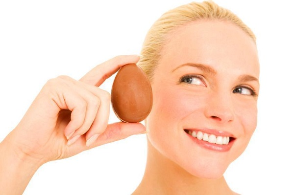 Маска для лица с яйцом